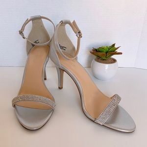 Expression Shoes - Expression Women shoes Size 9 Diamond Embellished